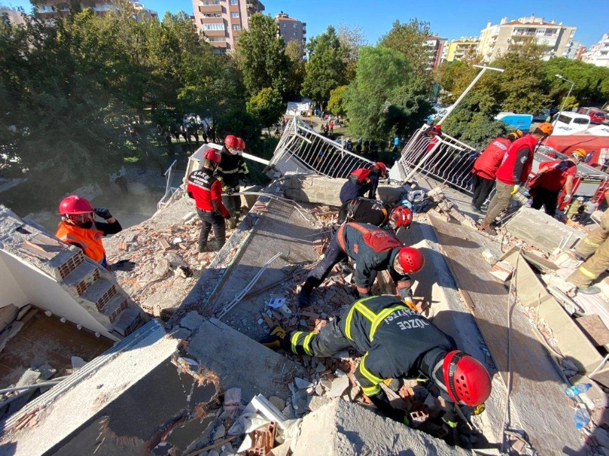 Düzce Belediyesi ekipleri deprem bölgesinde can kurtarıyor